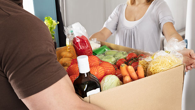 Refrigerated food delivery service online